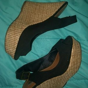 Shoes - Steve madden black wedges